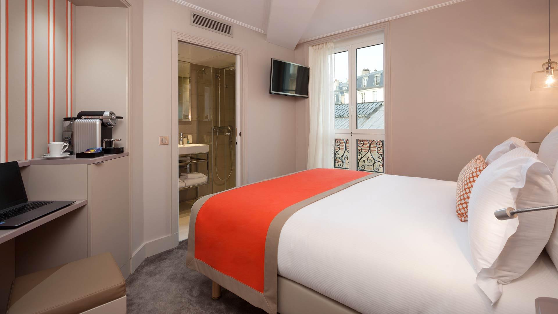 Rooms Vic Eiffel Parisian House Atmosphere Hotel
