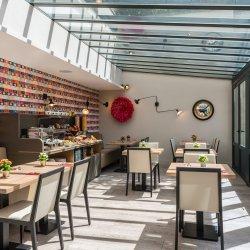 Hotel Vic Eiffel - salle petit-déjeuner